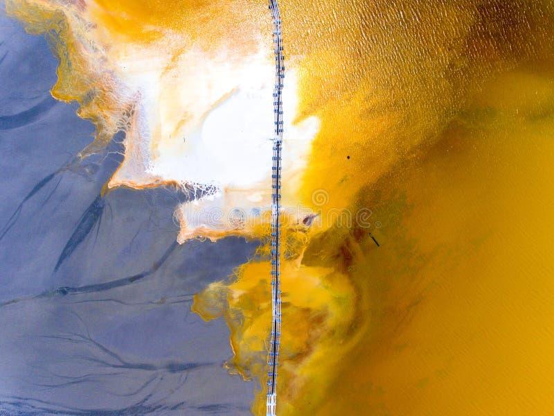 Polluti environnemental de nature de catastrophe de Rosia Montana Geamana Lake images libres de droits