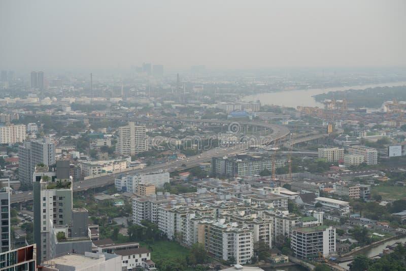 Pollution atmosphérique au-dessus de la ville de Bangkok photos stock