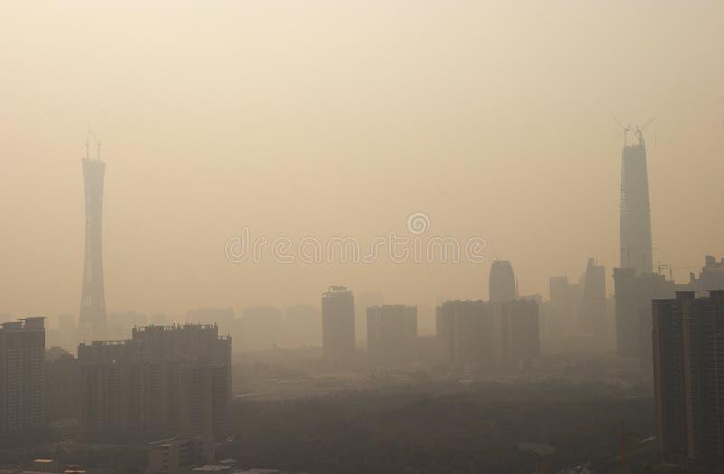 Pollution atmosphérique de porcelaine photographie stock
