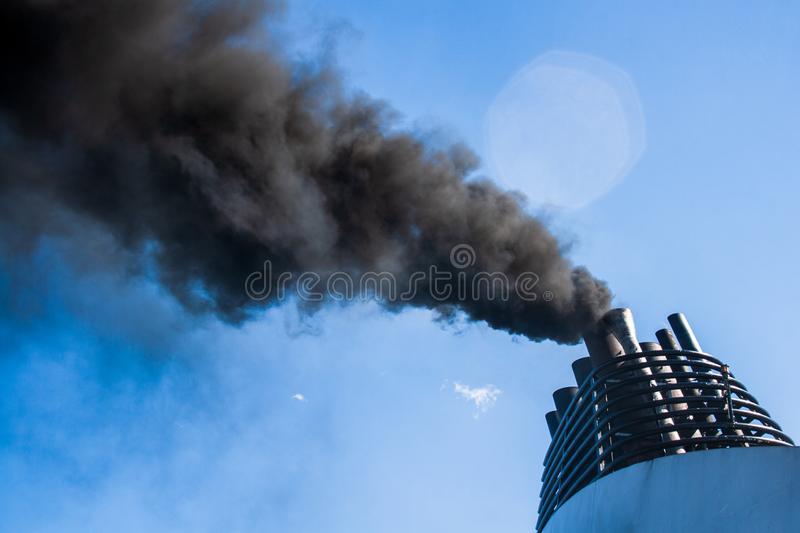 Pollution atmosph?rique photographie stock libre de droits