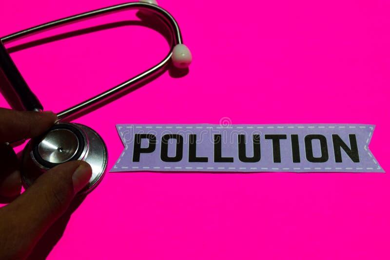 Pollution sur le papier avec le concept d'assurance-maladie photos libres de droits
