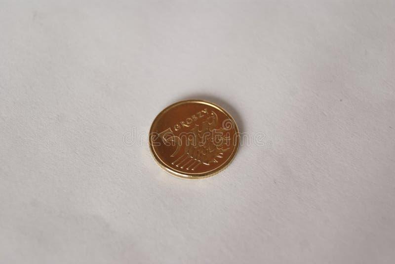 Polnisches fünf-Grosz-Münze stockbild