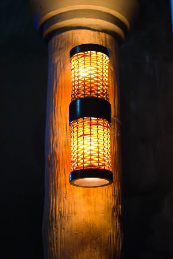 Download Polo de la lámpara foto de archivo. Imagen de calle, seguridad - 42429506