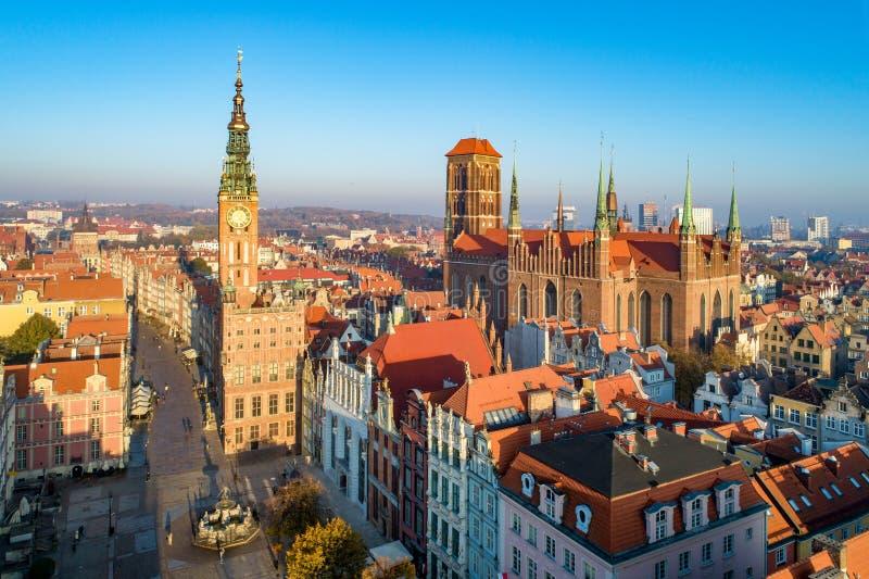 polonia Ciudad vieja de Gdansk aérea en la salida del sol imagen de archivo