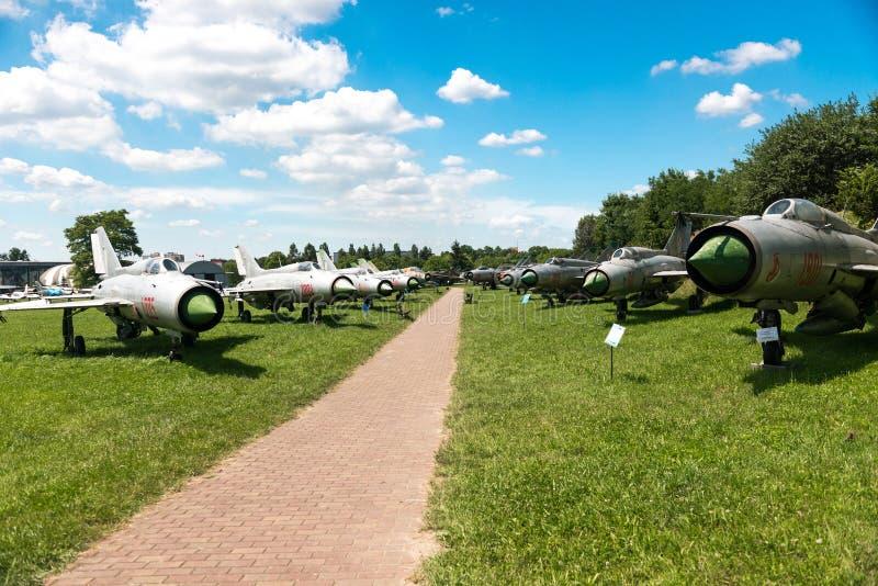POLONIA - JULIO DE 2015: Avión de la exposición en foto de archivo