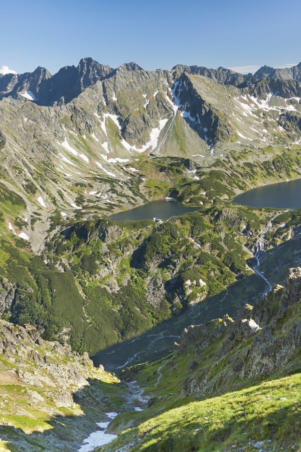 Polonia, montañas de Tatra, ³ w de Dolina PiÄ™ciu Stawà imágenes de archivo libres de regalías