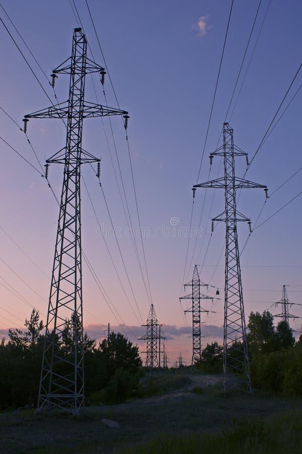 Polos de la energ?a el?ctrica foto de archivo