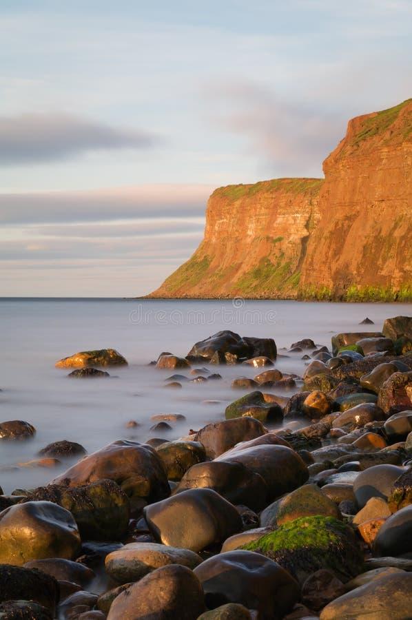Polowanie faleza - - Huntcliff, Saltburn, Saltburn morze - zdjęcie stock