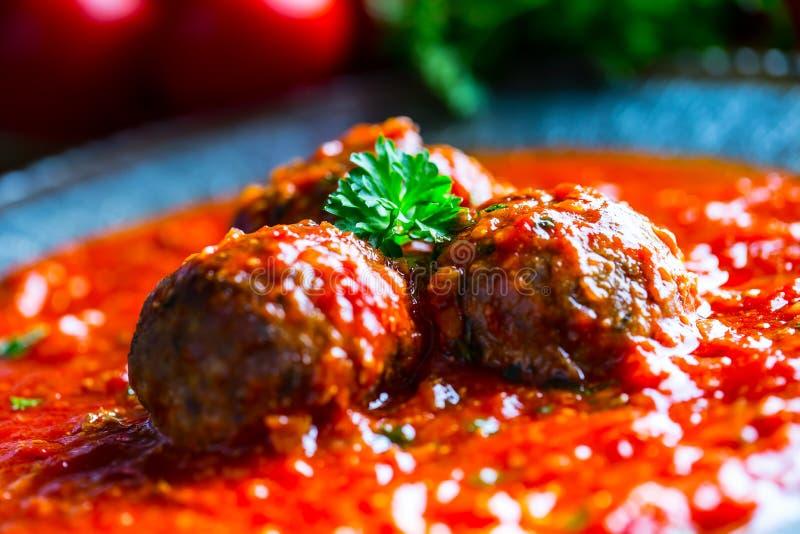 Polpette Cucina italiana e Mediterranea Polpette con la s immagine stock