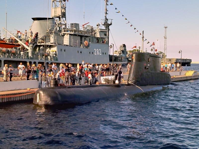 Polsk konventionell ubåt på pir royaltyfri fotografi