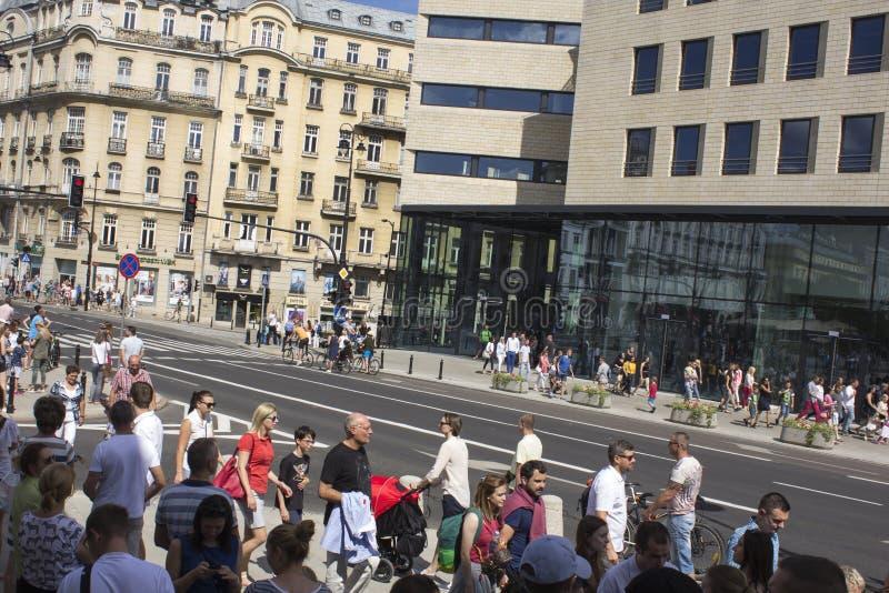 Polska ludzie na paradzie na Warszawa obrazy royalty free