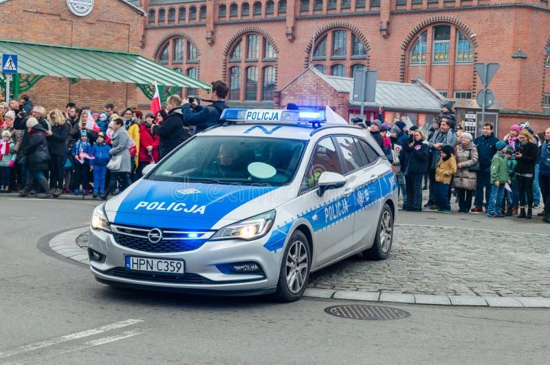 Polski samochód policyjny przy Krajowym dniem niepodległości w Gdańskim w Polska Świętuje 100th rocznicę niezależność obrazy royalty free