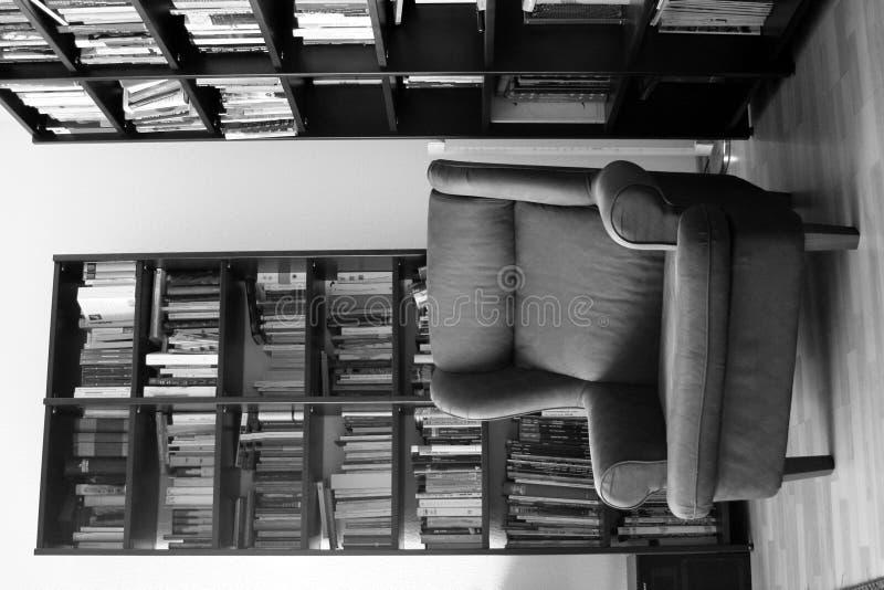A poltrona do bibliotecário fotos de stock