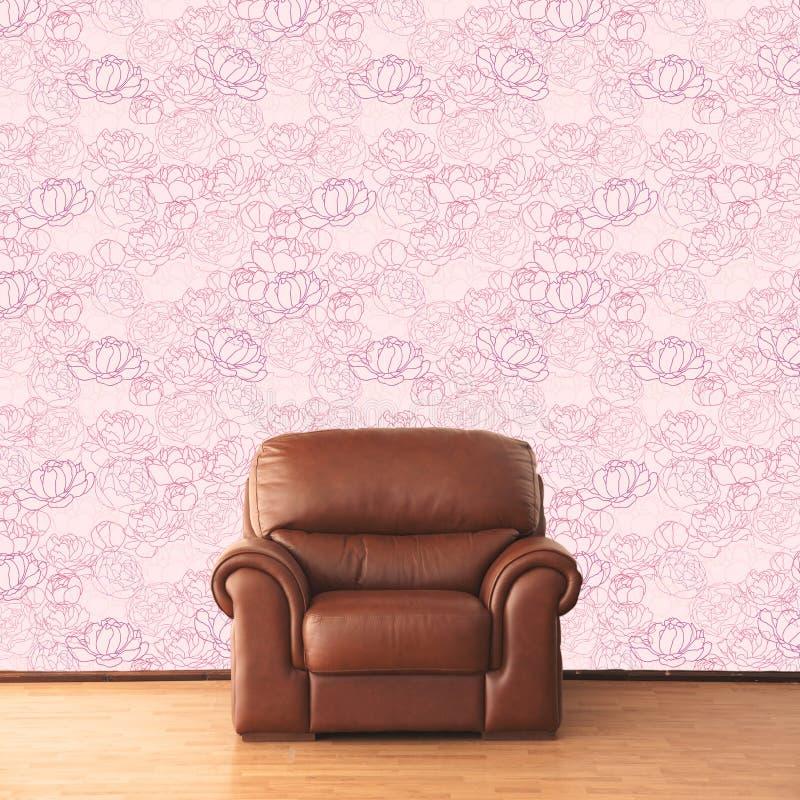 Poltrona elegante no interior do vintage com o papel de parede da rosa do rosa ilustração do vetor
