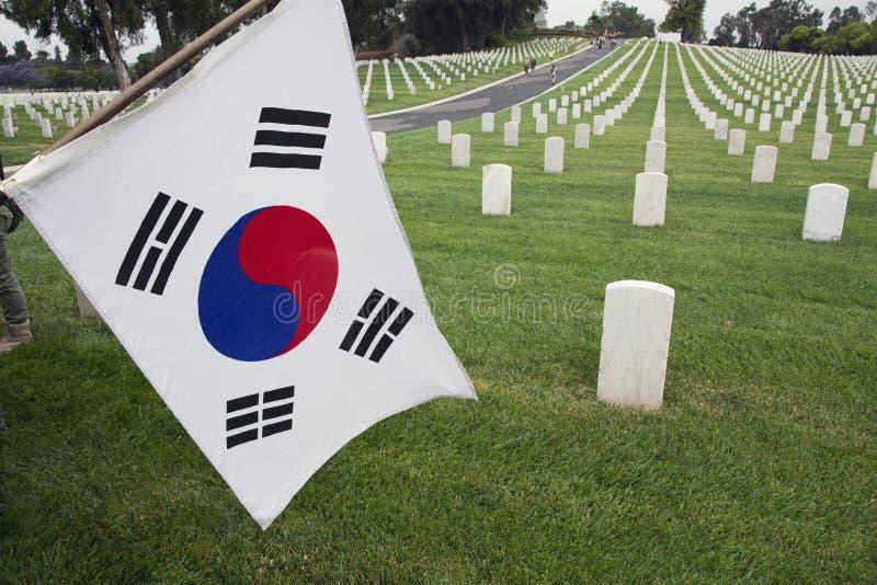 Poludniowo-koreański chorągwiany obwieszenie przy 2014 dni pamięci wydarzeniem, Los Angeles Krajowy cmentarz, Kalifornia, usa zdjęcia royalty free