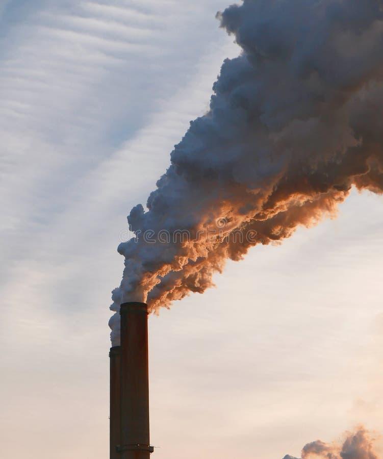 Poluição ardente de carvão foto de stock royalty free