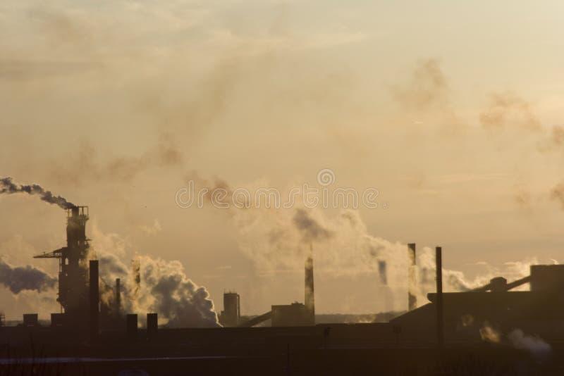 Poluição atmosférica da cidade foto de stock