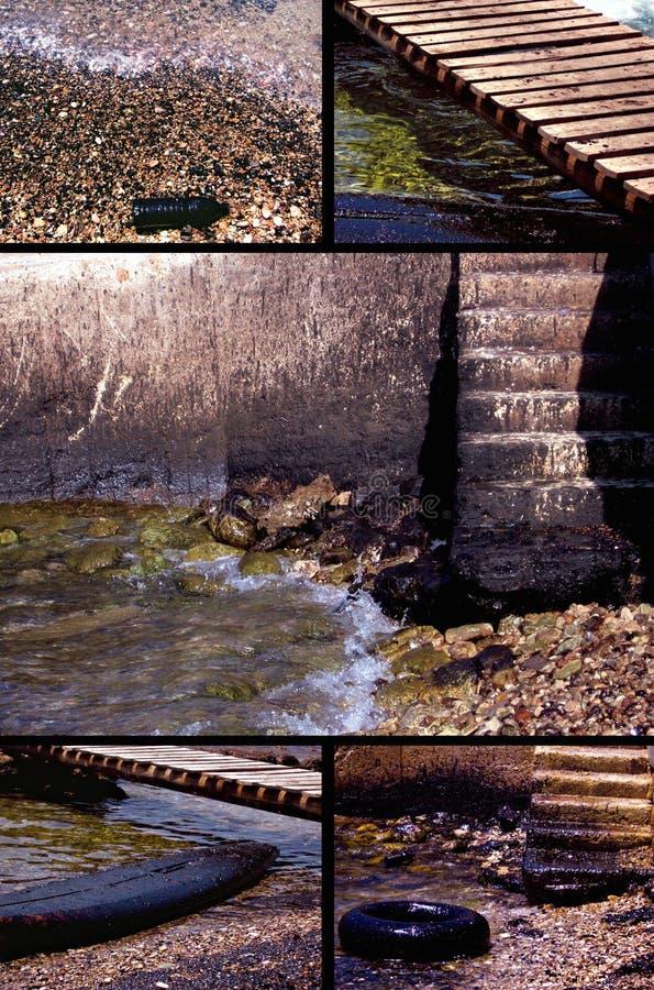 Poluição De água Perto Da Praia Fotografia de Stock Royalty Free
