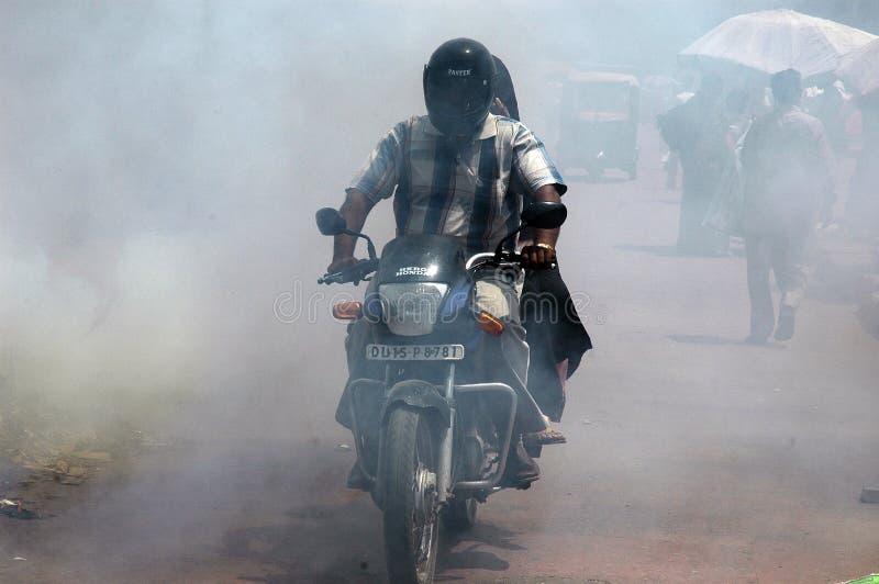 Poluição na rua fotografia de stock