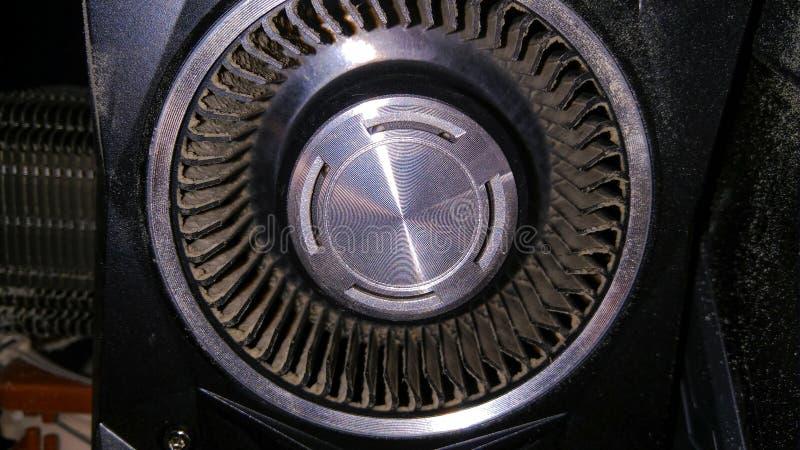 Polvere sulla pala del ventilatore della scheda video fotografia stock libera da diritti