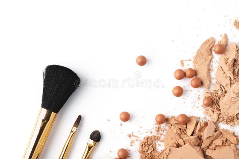 Polvo cosmético desnudo machacado imagen de archivo libre de regalías