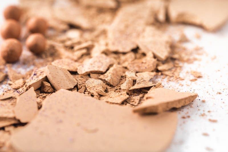 Polvo cosmético desnudo machacado fotos de archivo libres de regalías