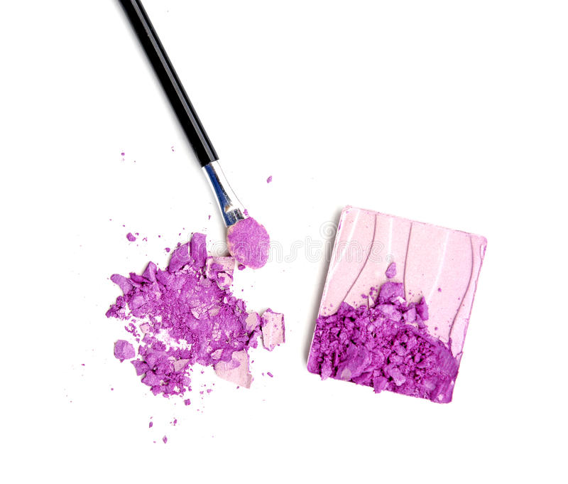 Polvo púrpura del sombreador de ojos y de cara - compense las revistas de la moda y de la belleza imágenes de archivo libres de regalías