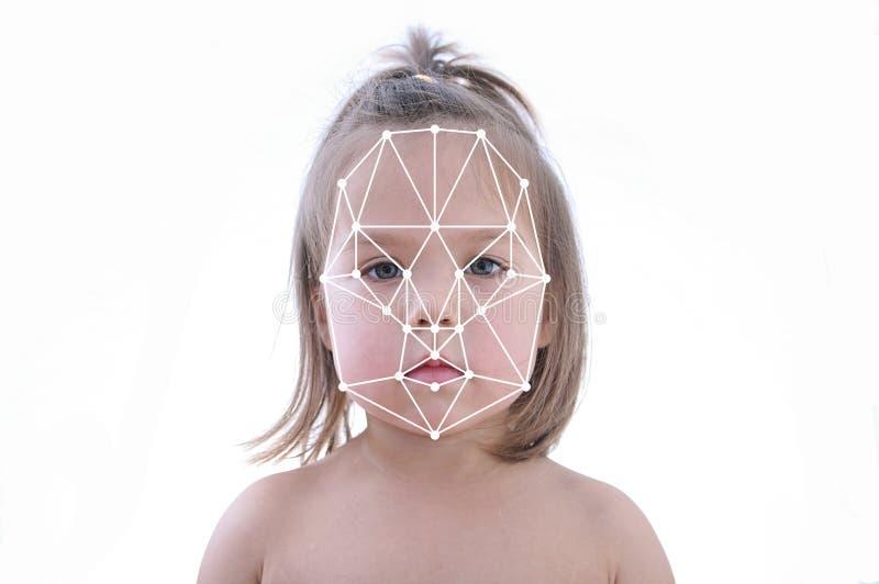Polygonal πλέγμα της αναγνώρισης ταυτότητας προσώπου παιδιών, βιομετρική ασφάλεια στοκ φωτογραφία με δικαίωμα ελεύθερης χρήσης