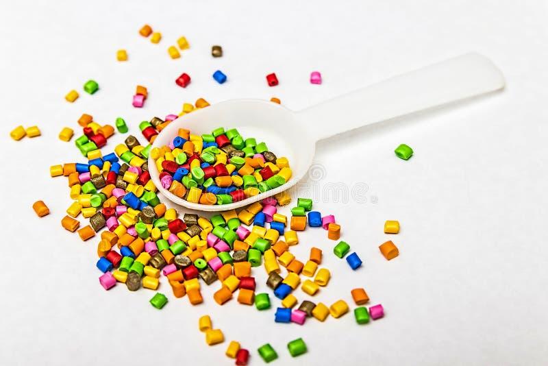 Polymere kleurstof Kleurstof voor plastieken Pigment in de korrels royalty-vrije stock foto's