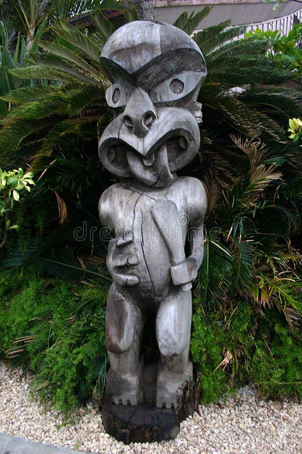 Polynesische Statue lizenzfreie stockfotografie