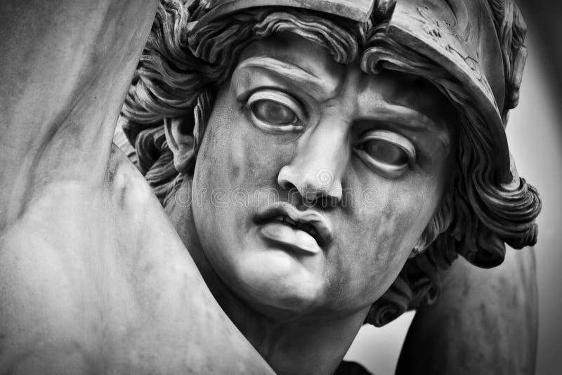 Polyxena强奸的古老顶头特写镜头雕塑  佛罗伦萨意大利 库存图片