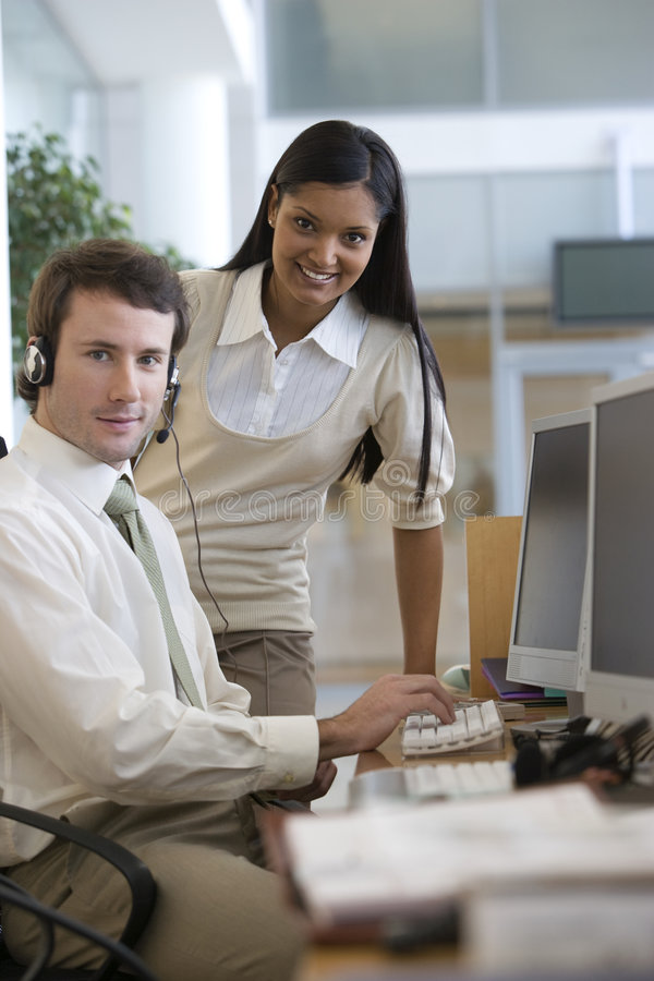 pomóż bizneswomanów young obrazy stock