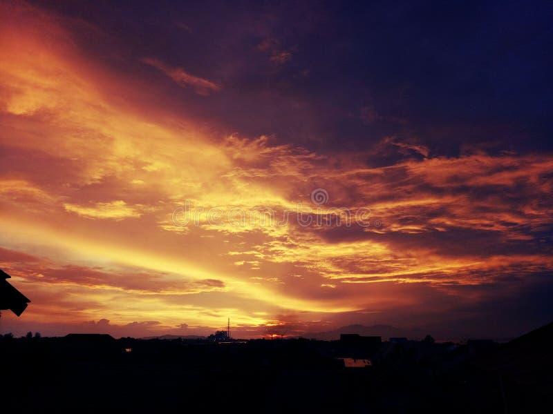 Pomalaa solnedgång fotografering för bildbyråer