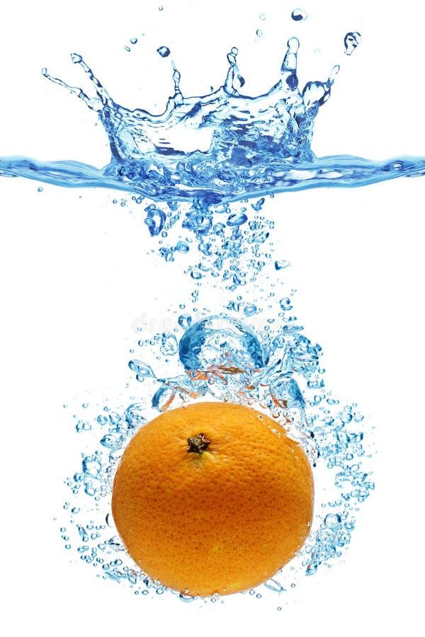pomarańcze rzucająca woda obrazy royalty free