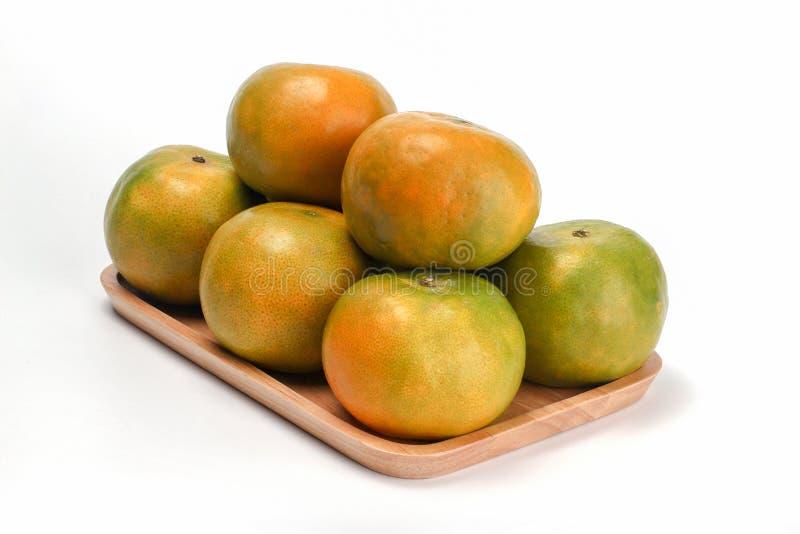 Pomarańczowej miodunki Tajlandzka owoc na białym tle zdjęcie royalty free