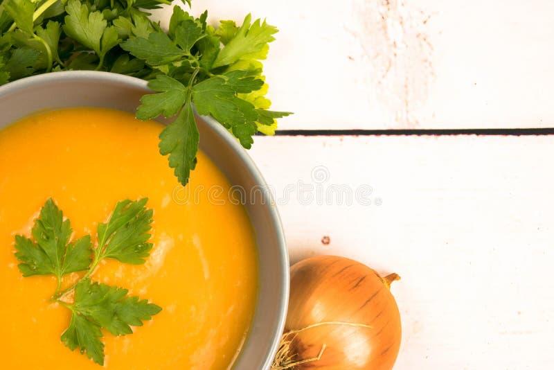 Pomarańczowi śmietankowi ignamy zupni zdjęcia stock