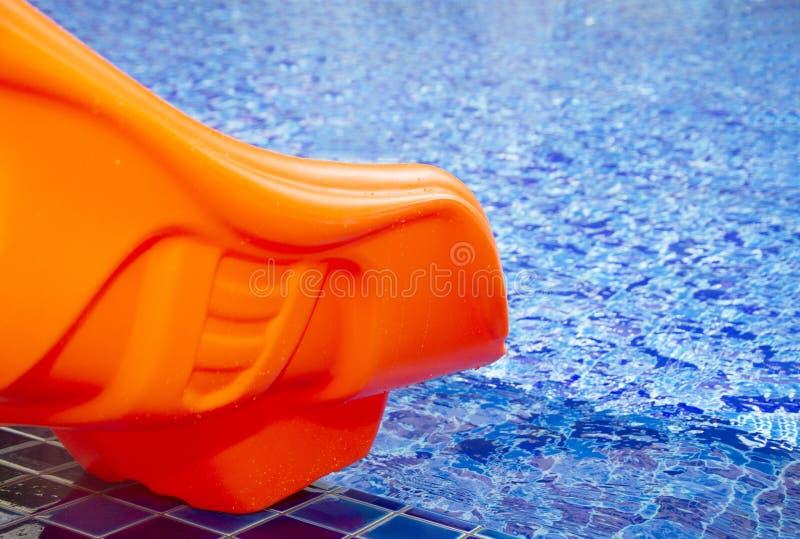 Pomarańczowy basenu suwak obraz royalty free
