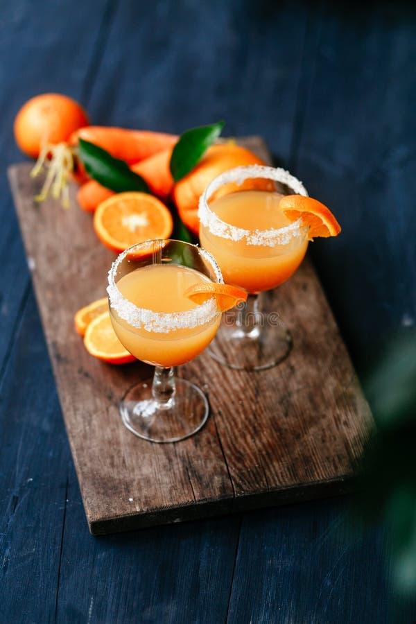Pomarańczowy marchwiany koktajl obrazy stock