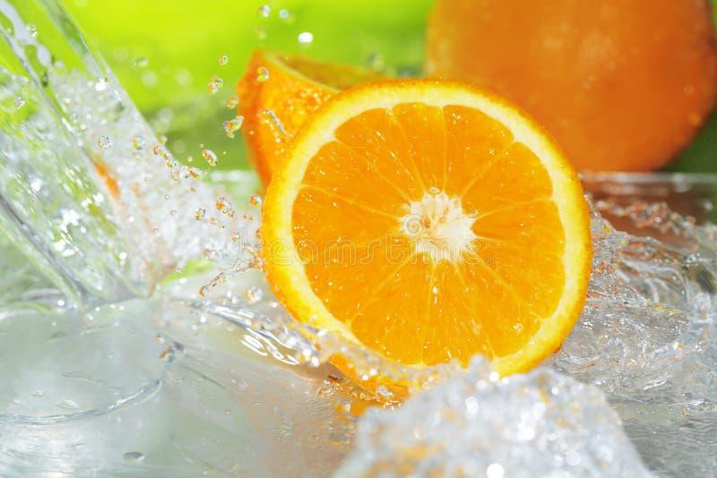 pomarańczowy pluśnięcie zdjęcie stock