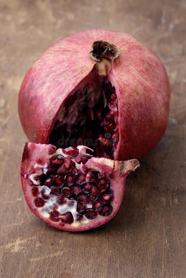 pomegranate еды стоковая фотография rf