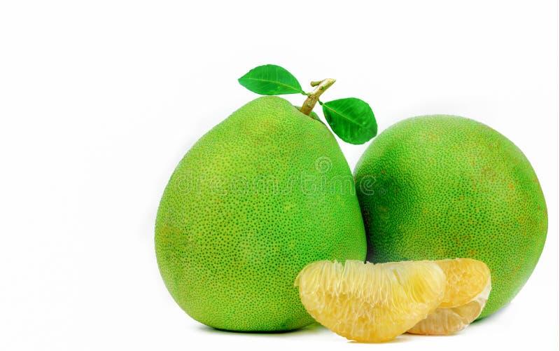 Pomelo braja bez ziaren odizolowywających na białym tle Tajlandia pomelo owoc Naturalny źródło witamina C i potas Zdrowy fotografia royalty free