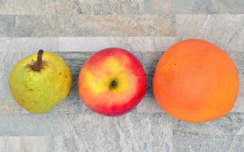 Pomelo de la manzana de la pera imagen de archivo