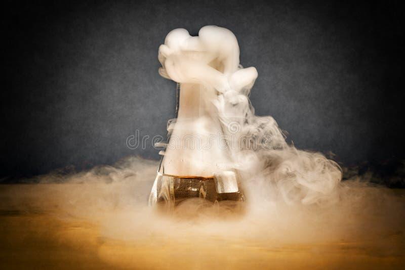 Pomiarowego szkła dym zdjęcie royalty free