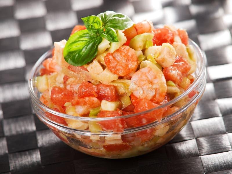 Pomidor, garnele i avocado sałatka, obrazy stock