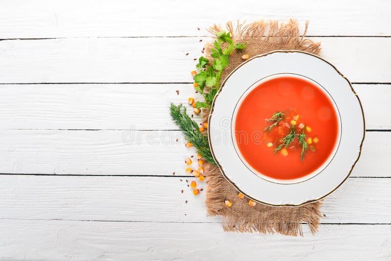 Pomidorowa polewka z chili i warzywami obraz stock