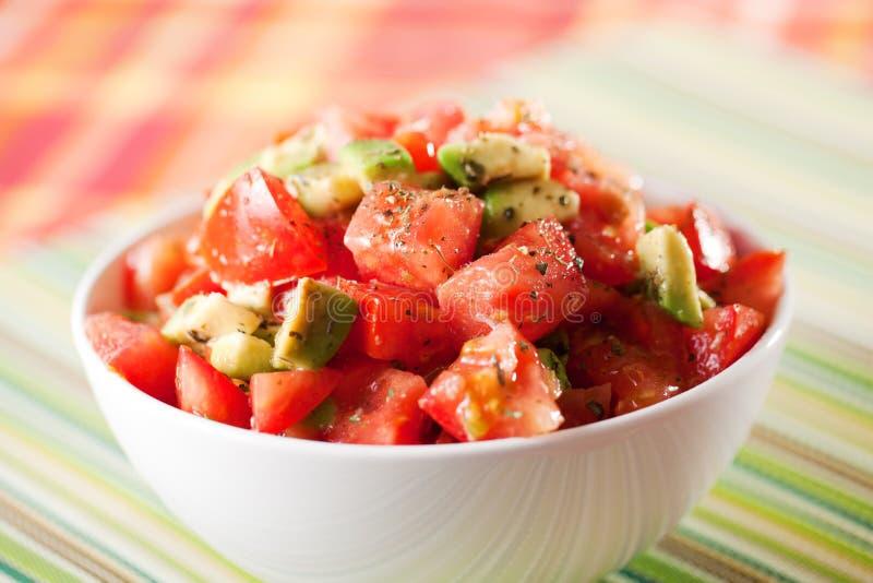 Pomidoru i avocado sałatka zdjęcia royalty free