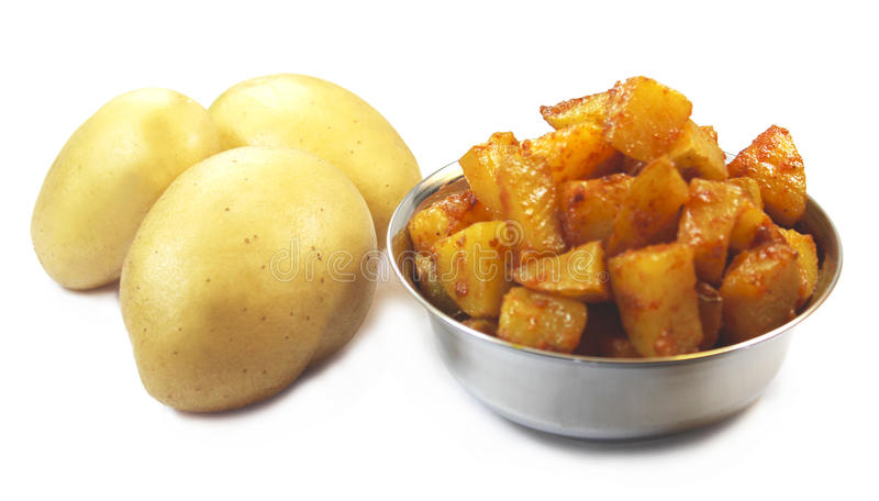Pomme de terre crue et friture de pomme de terre photographie stock libre de droits