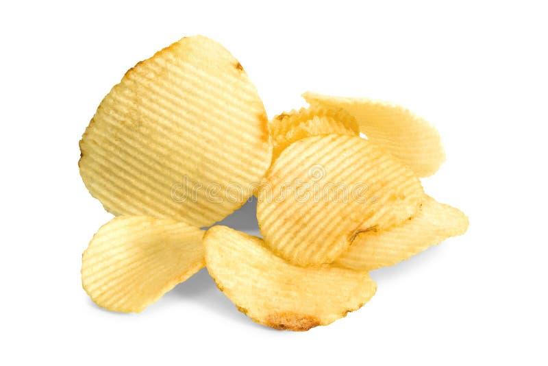 Pommes chips sal?es d'isolement sur le fond blanc Un morceau de casse-croûte photo libre de droits