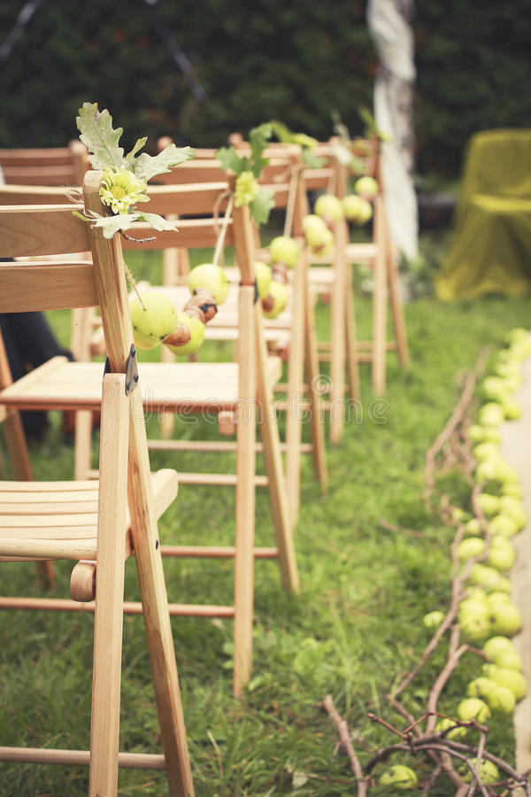 Pommes dans les décorations de mariage photo stock