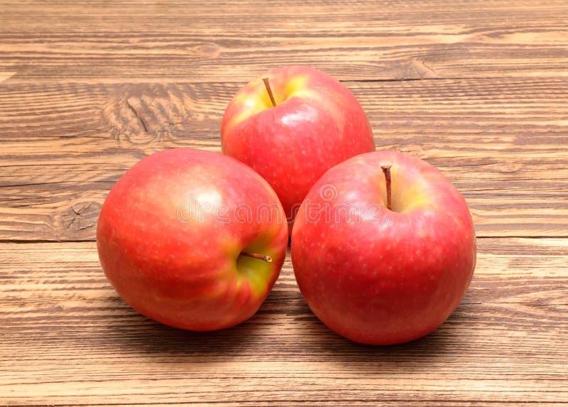 Pommes de dame rose photographie stock libre de droits